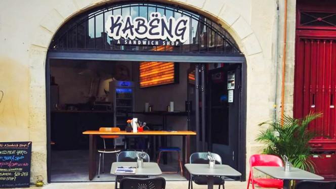 Entrée - Kabëng, Bordeaux