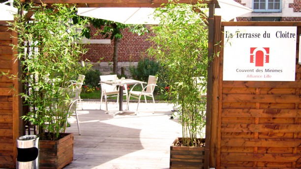 Le jardin du clo tre h tel couvent des minimes in lille for Cafe du jardin london
