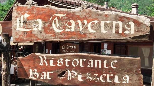 La Taverna insegna