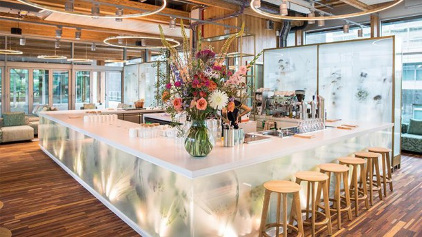 circl rooftopbar in amsterdam restaurant reviews menu and prices
