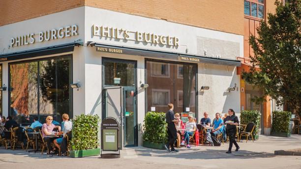 Phils Burger Uppsala Ingang