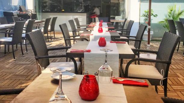 17 Bar and Restaurant Terraza