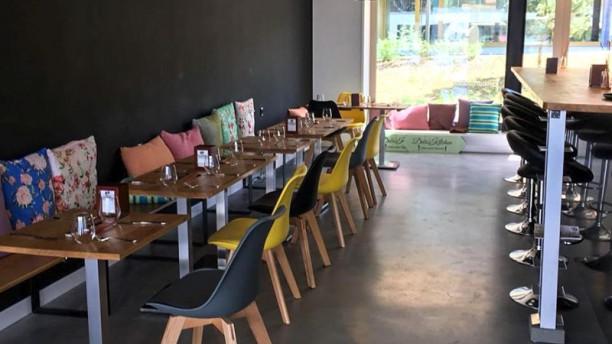Debi's Kitchen Salle du restaurant