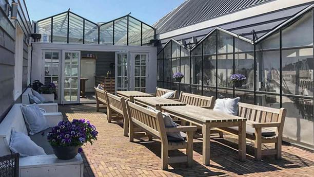 Cafe De Jachthaven Kwintsheul Terras