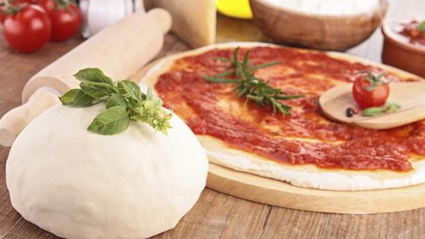 La Terrasse Florentine pizza