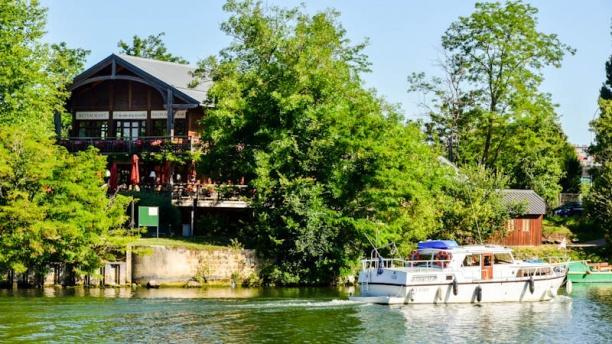 Les Rives de La Courtille Vue depuis la Seine