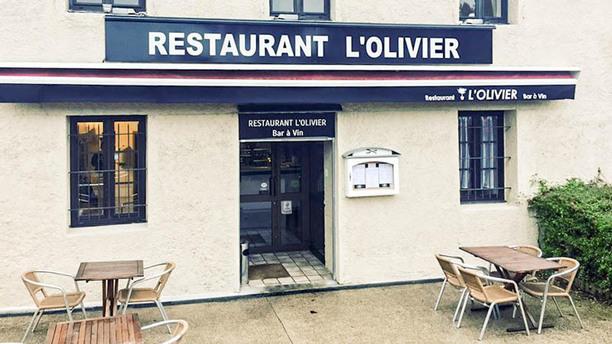 l'Olivier Façade Restaurant
