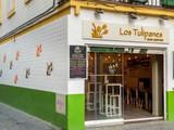 Los Tulipanes - Bar Bistro