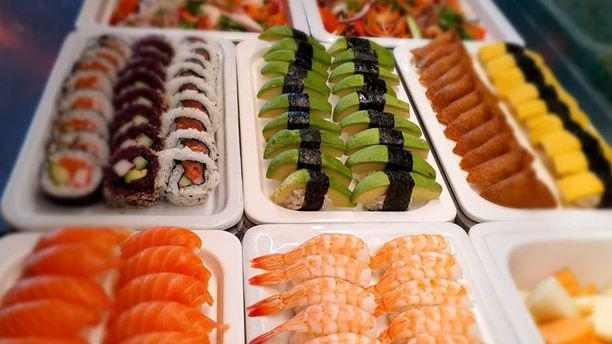 Pong Henriksdal Sushi buffé