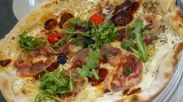 restaurant l 39 escale pizzas m rignac 33700 avis menu et prix. Black Bedroom Furniture Sets. Home Design Ideas