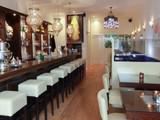 Taj Mahal Lounge