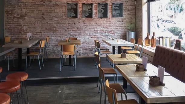 Harvey Kitchen & Bar Restaurant
