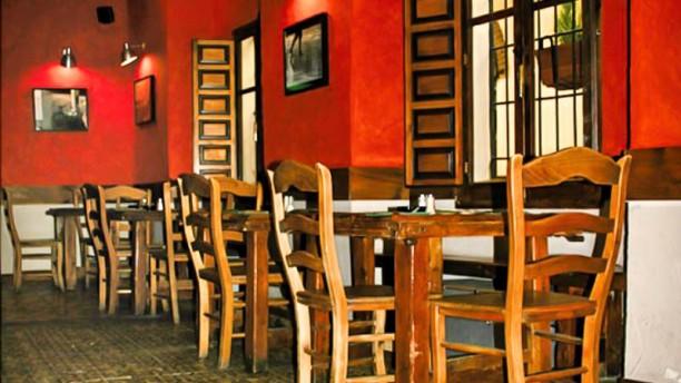Lechuga Salads & Tapas la sala