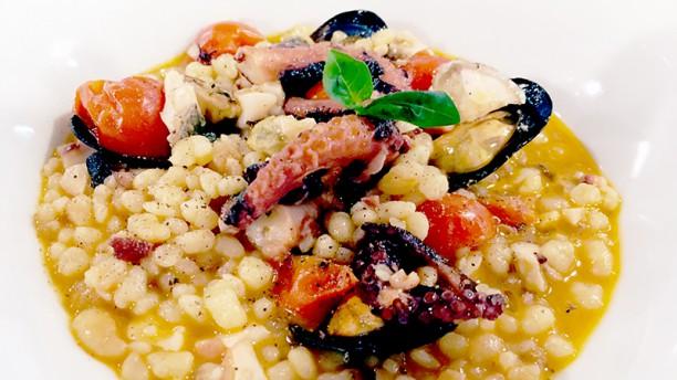 Coendi Steakhouse & Seafood FREGOLA DI MARE POLPO.PESCATO E COZZE