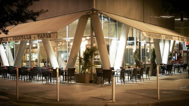 Le Café de l'Industrie extérieur
