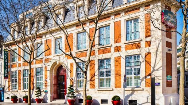 Oleo Pazzo - Hôtel Courtyard by Marriott Façade