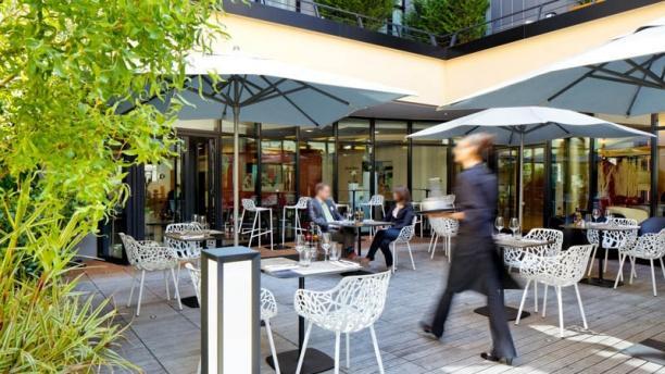 restaurant oleo pazzo h tel courtyard by marriott boulogne billancourt sur lafourchette. Black Bedroom Furniture Sets. Home Design Ideas