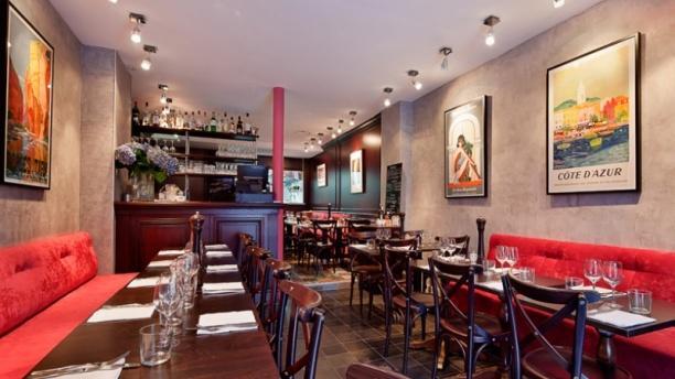 Pouic-Pouic Salle du restaurant