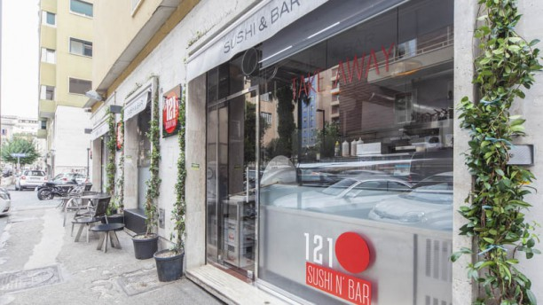 121 Sushi & Bar Facciata