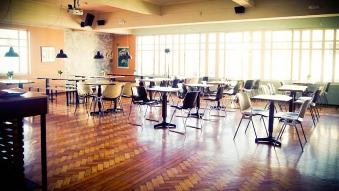 sala - Vícios de Mesa - Maus Hábitos, Porto