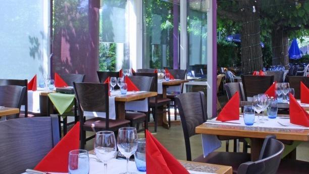 Café Du Soleil Salle du restaurant