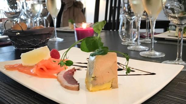 Restaurant MC Duo de foie gras et saumon fumé