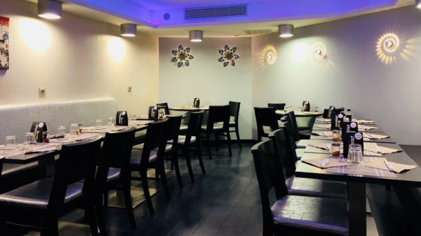 Sakari Salle du restaurant