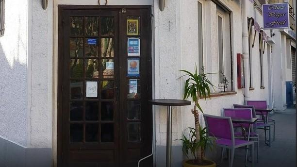 Chez Papa Fred Devanture