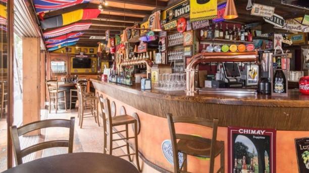 Mary's Pub Sala