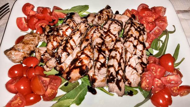 La Taverna carne con pomodorini