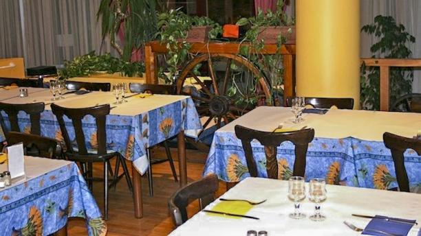 Restaurant Les oliviers Vue salle