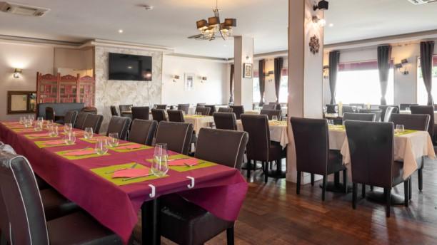 Massala Lounge Vue de la salle