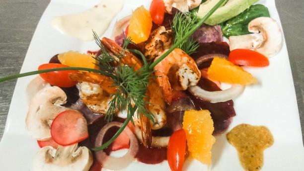 Là-Bas salade gambas et agrumes menu gourmet