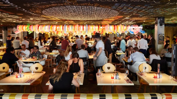 Restaurant mama restaurant bordeaux bordeaux 33000 for Resto lasalle
