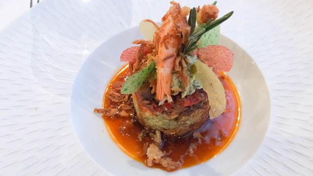 Le medaillon L'alliance savante entre crevettes de Madagascar et basilic rouge