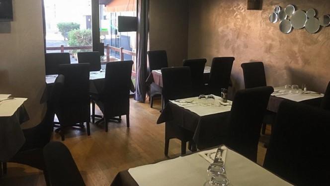 La Scène - Restaurant - Corbeil-Essonnes