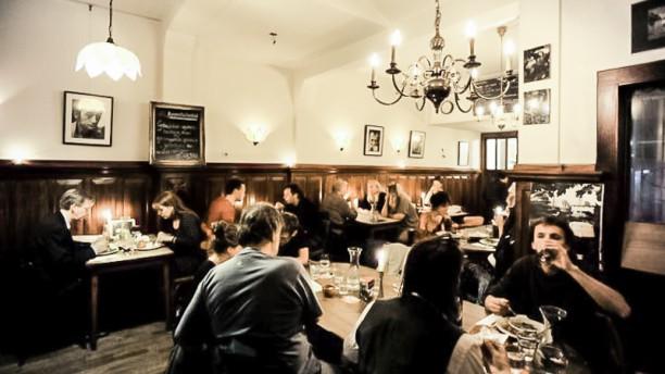Eetcafé Van Beeren restaurantzaal