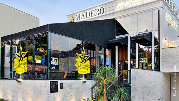 Madero - Sports Bar RW Facahada