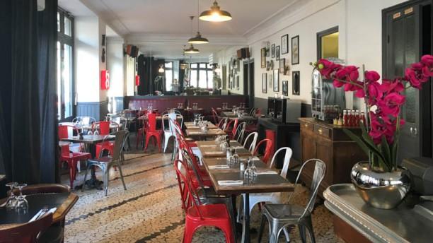 Le 158 restaurant 158 rue du vieux pont de s vres 92100 for Boulogne billancourt piscine municipale