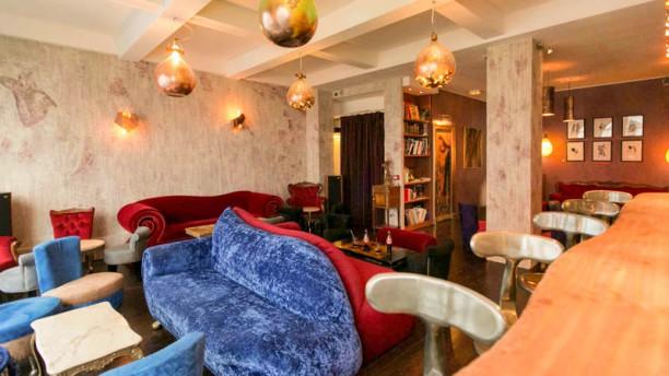 Le 153 Le Boudoir / 1er étage - vu du bar