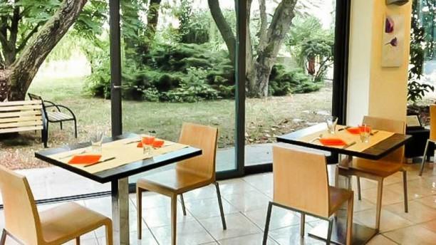 Fuori Mano Ristorante Cafè Lounge Vista sul giardino