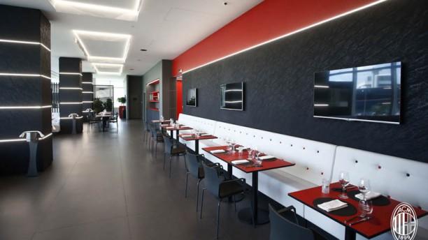 Casa Milan Bistrot Fourghetti In Milan Restaurant