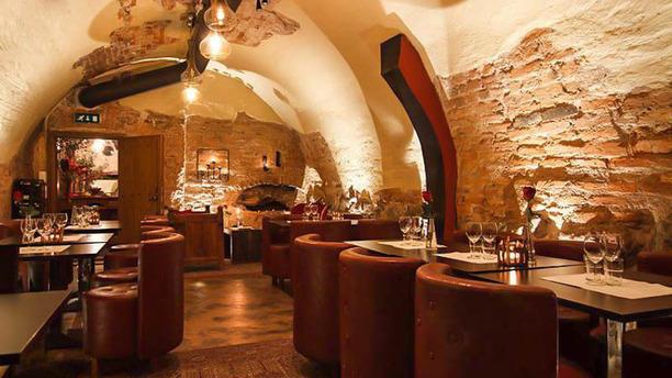 Vinvalvet Room
