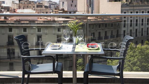 Pool Up Gastrobar Gran Hotel Havana In Barcelona