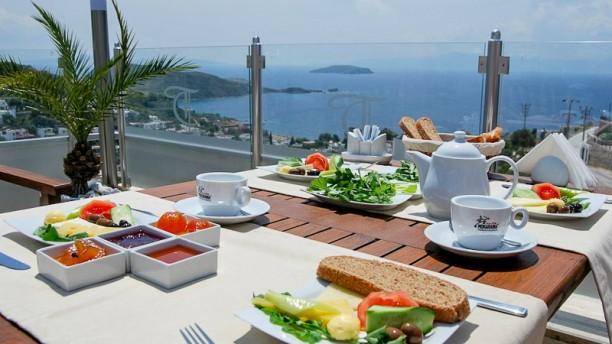 Restaurante the terrace bodrum en provincia de mu la for 44 the terrace