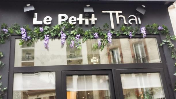 Le Petit Thaï façade