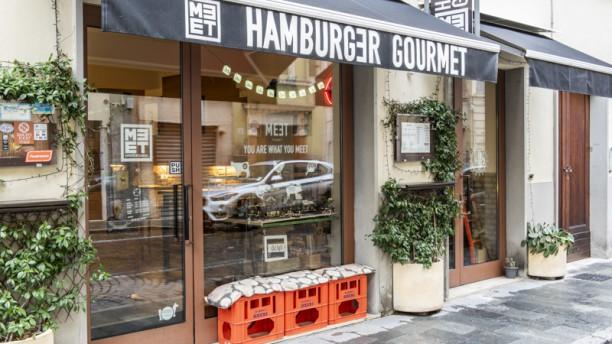 Meet Hamburger Gourmet Entrata