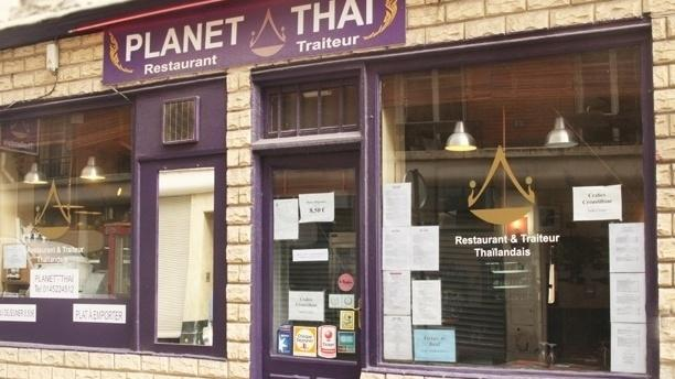 Planet tha restaurant 28 rue truffaut 75017 paris for 5 rue belidor 75017 paris