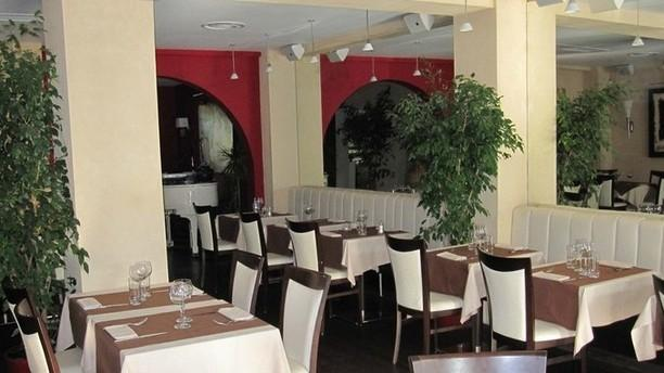 Le jardin du cap in juan les pins restaurant reviews for Restaurant jardin lee