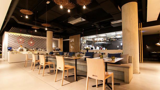 Ma Khin Café Salón